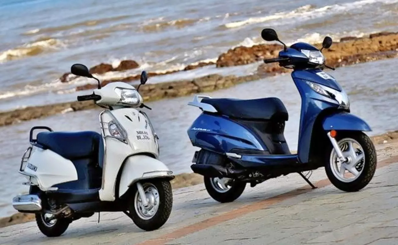 rent-scooter-corfu-greece-00001