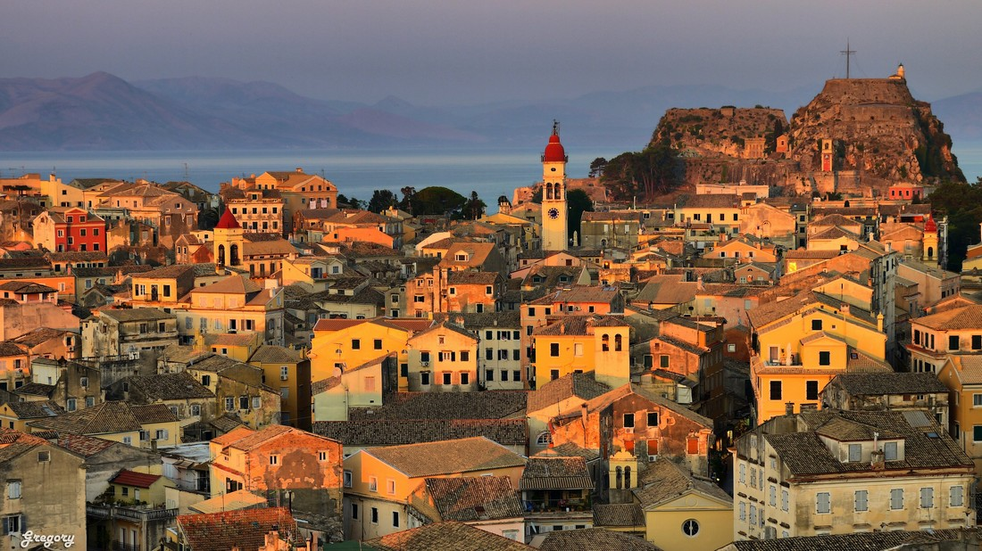 Old-Town-corfu-greece-00001