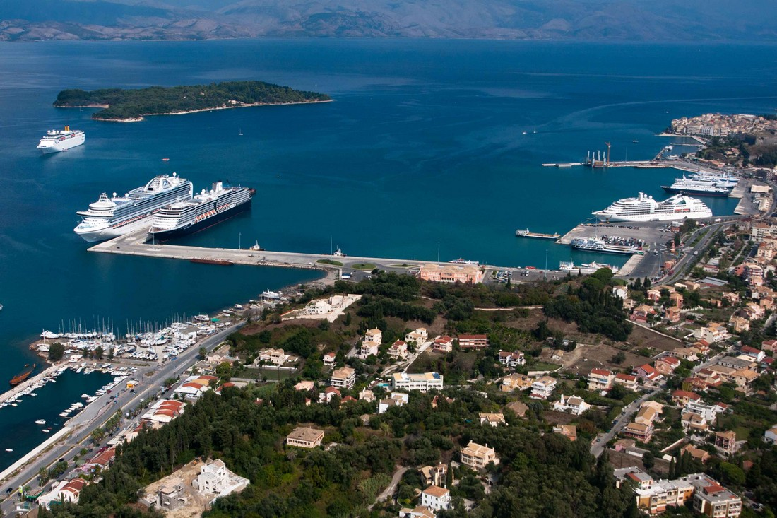 Port-corfu-greece-00001