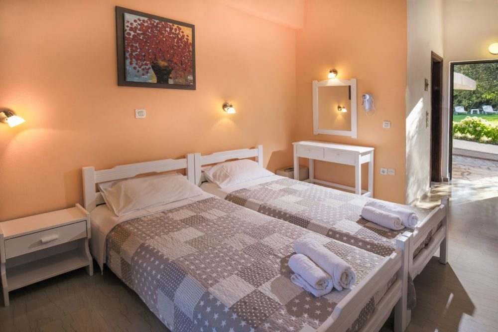 holidays-in-dassia-apartments-and-studios-marilena-Marilena Apartments & Studios-00014